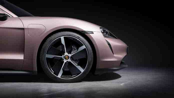 The access Porsche Taycan arrives: from 85,710 euros