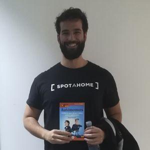 Alejandro Artacho ya tiene su GuíaBurros para autónomos