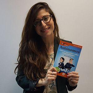 Mónica Galán Bravo ya tiene su GuíaBurros para autónomos
