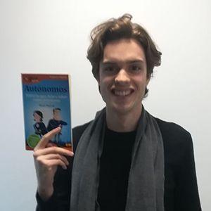 Javier Martín ya tiene su GuíaBurros para autónomos