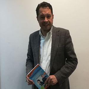 Luis Miguel Albornoz ya tiene su GuíaBurros para autónomos