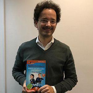 Miguel Arias ya tiene su GuíaBurros para autónomos