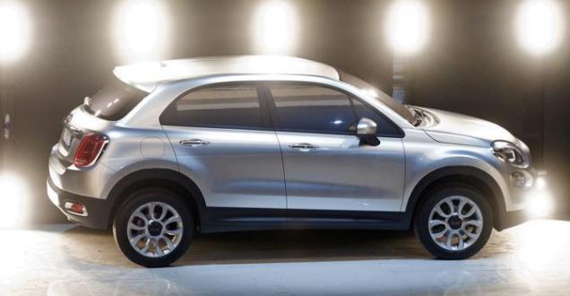 Fiat 500X SUV 2013 01