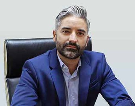 Oscar Bas, Adine