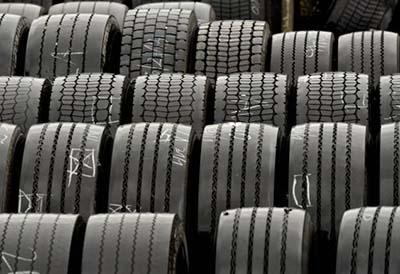 Neumático asiático