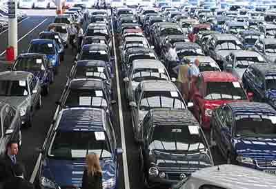 Los concesionarios tienen medio millón de coches usados sin vender