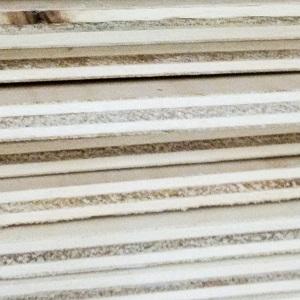 Tablero madera microlaminada
