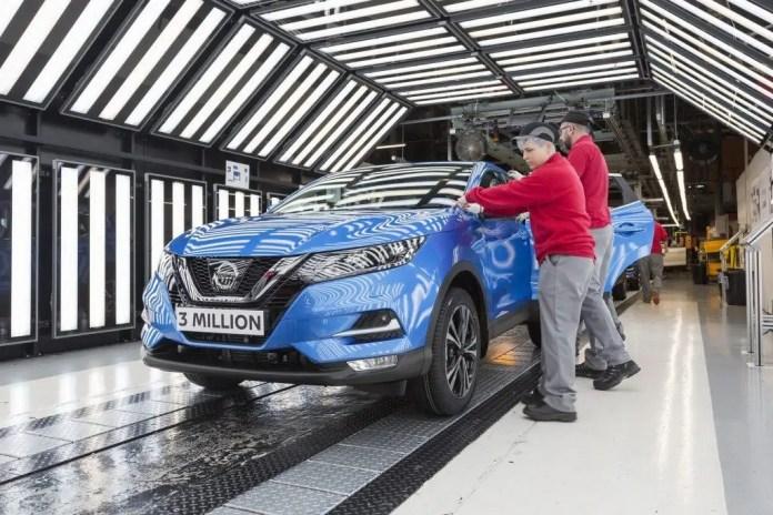 Crisi Nissan in arrivo un maxi taglio da 20.000 posti