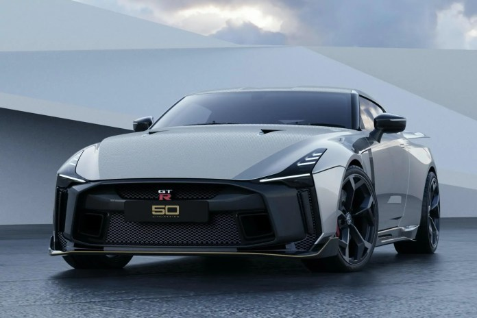 crisi nissan Nissan-GT-R50-by-Italdesign-production-rendering-13