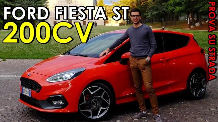 Prova su strada della Ford Fiesta ST 1.5 Ecoboost da 200CV. Ecco com'è andata con il piccolo razzo nel test drive completo