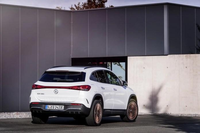 Automotive in Borsa: Mercedes davanti a Volkswagen e BMW
