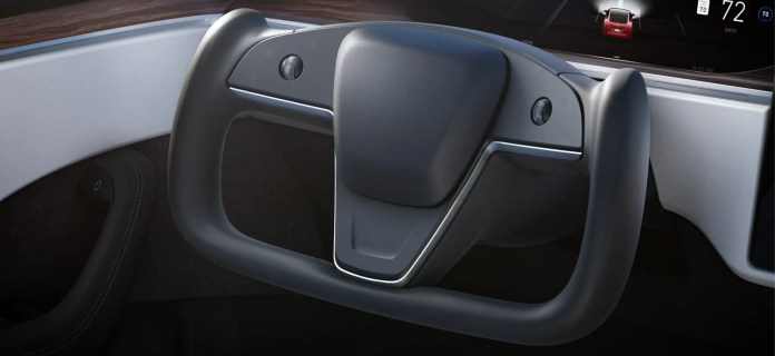 Gli interni delle nuove Tesla Model S e X, no Logo, Frecce e Cambio