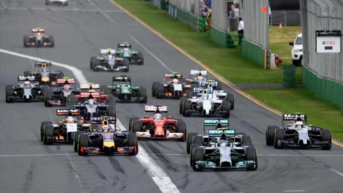 Eaí vemos o pulo do gato de Rosberg na largada