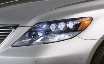 2008-lexus-ls600hl-headlight-photo-37886-s-1280x782