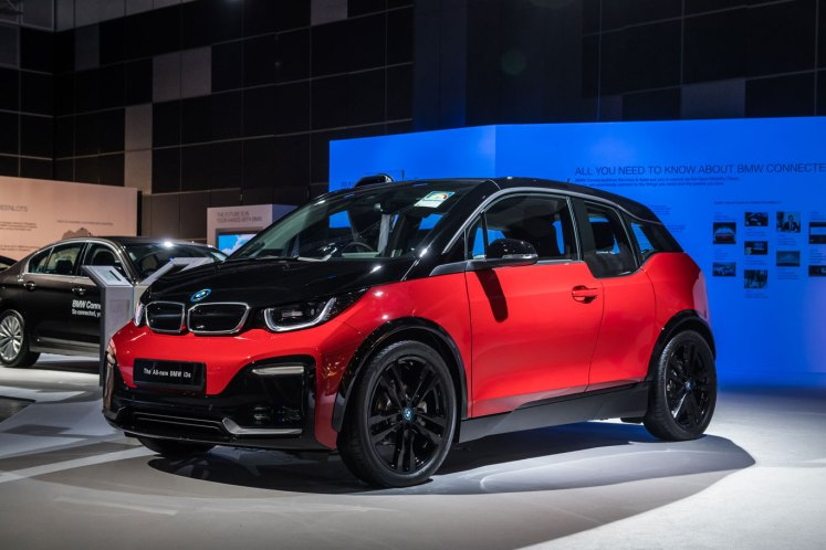 BMW World Passion and Joy BMW i3s REx