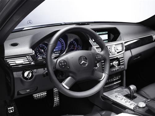 mercedes-classe-e63-amg-2009-interni Mercedes E63 AMG 2009