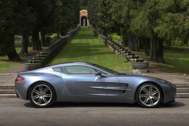 aston-martin-one-77_profilo Nuova Aston Martin One77: il motore aspirato più potente al mondo