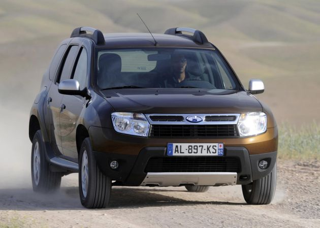 lada_duster 4 Suv-Crossover economici 2013 nella fascia di prezzo tra 15 e 25mila euro. Motori, prezzi e caratteristiche principali