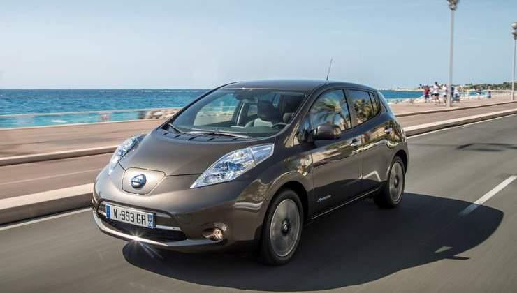 137025_1_53 Auto elettriche: aumenta l'autonomia di Nissan Leaf 2016