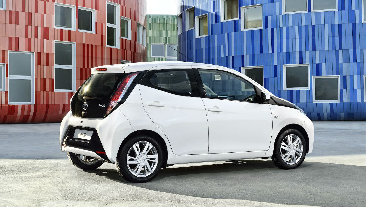 auto-piccole2016-toyota-aygo 5 City Car piccole ed economiche 2018