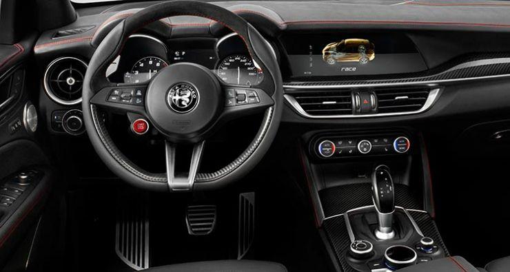 SUV-Alfa-Romeo-Stelvio-interno Alfa Romeo Stelvio: il nuovo SUV Alfa Romeo