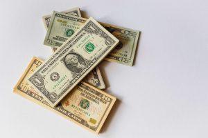 Cuál es el uso de una póliza de ingresos