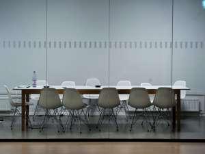 Quién supervisa el trabajo de las sociedades gestoras