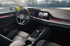 Volkswagen Golf_AutoRok_2019_03