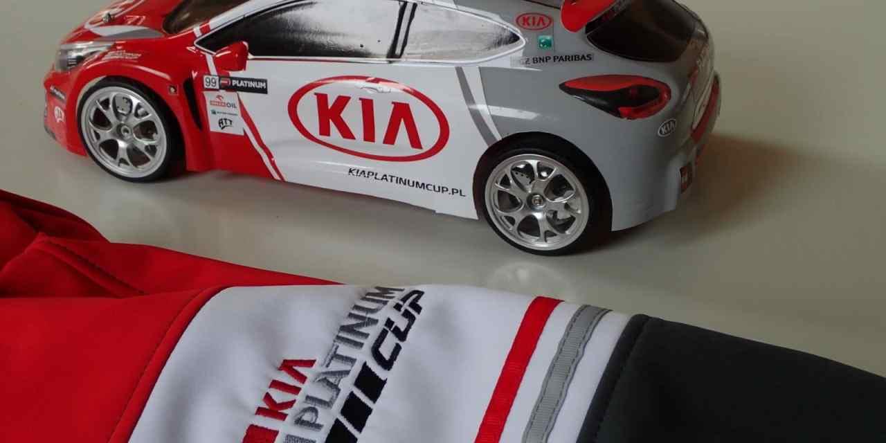 Kia RC: W barwach  Platinum