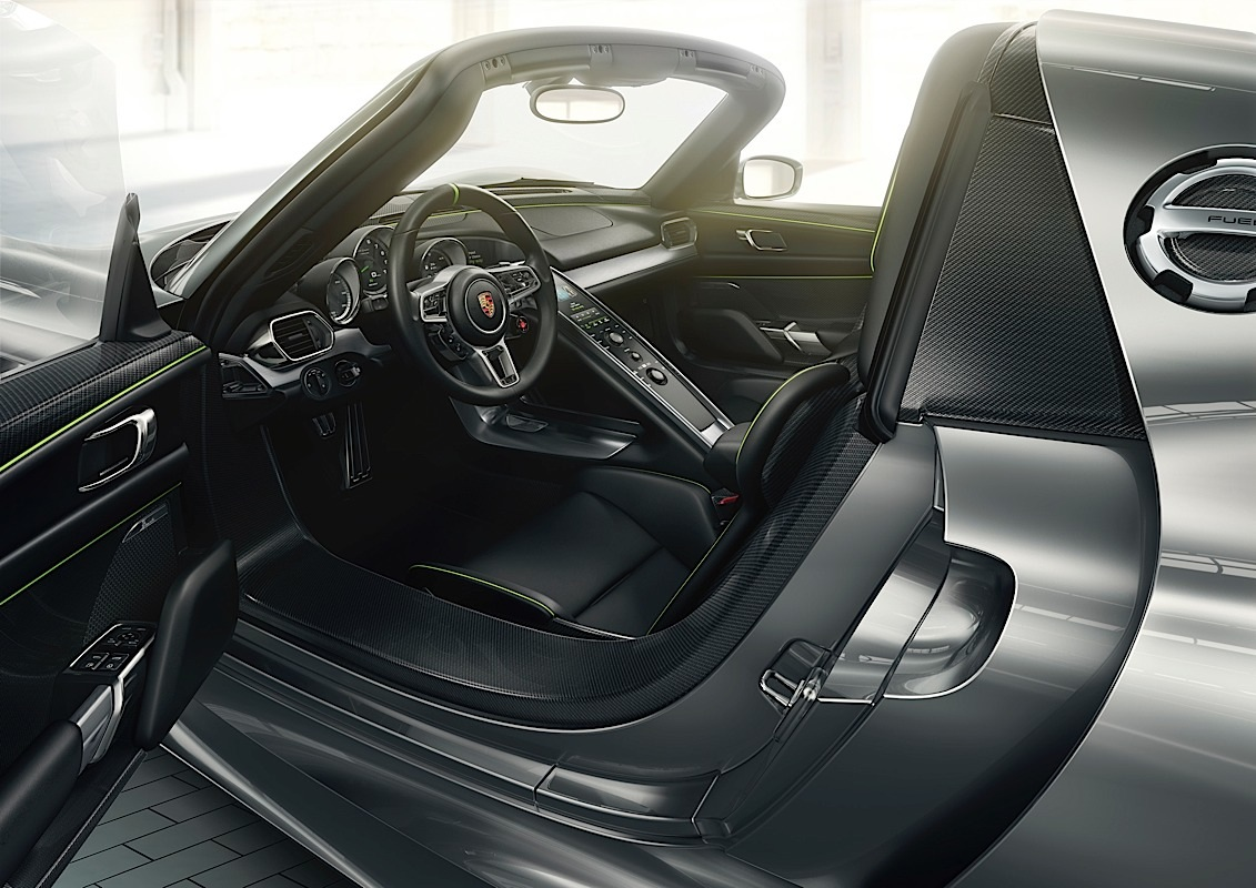 The Porsche 918 Spyder interior shot.