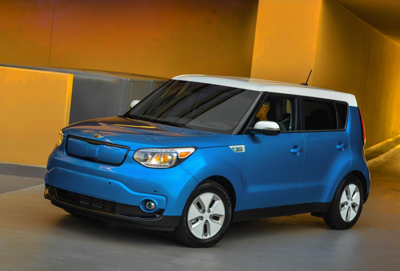 kia in prices news soul track sale front latest buyer arabia updates the guide officially price uae of drive and keep on