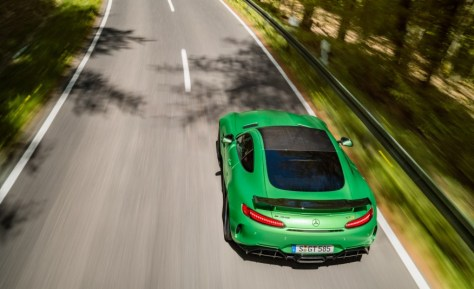 2017 Mercedes-AMG GT R : An R ascends to the top of the Mercedes-AMG GT pile