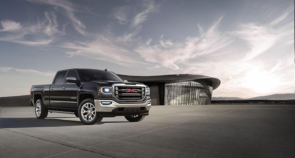 General Motors Recalling 800,000 Pickups for Steering Defect