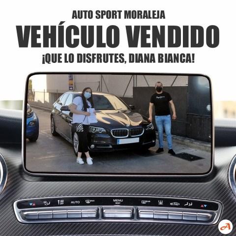 Diana recoge su BMW 520 xDrive en Auto Sport Moraleja