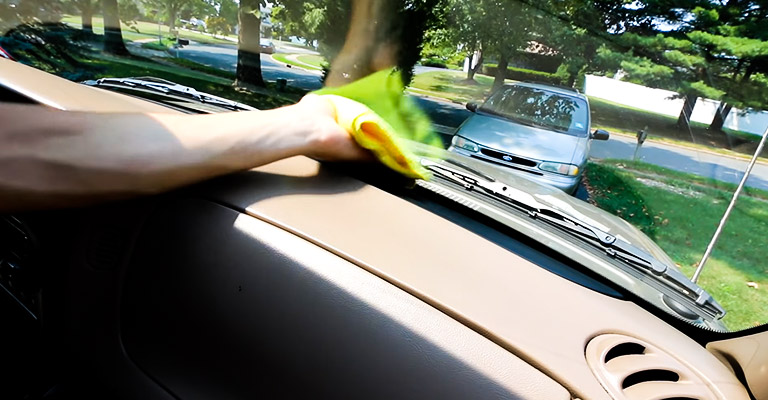 Clean Inside of the Windshield With Degrease