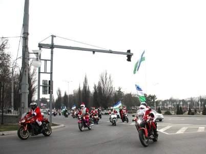 Новогодний Мото парад Дедов-морозов 6
