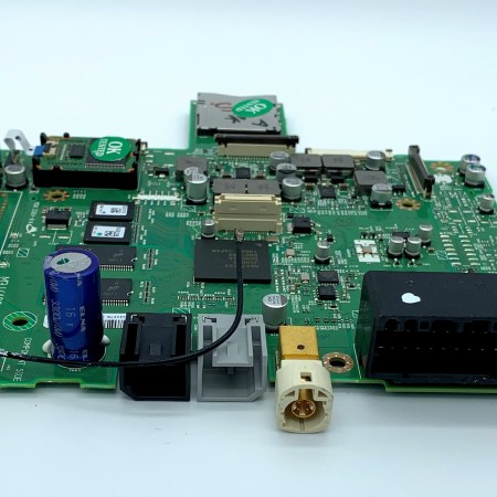 Picture of RB3 or RB5 main circuit board for Chrysler, Jeep, RAM, Dodge, Maserati navigation screen