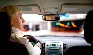 Valtaosa nuorista liikkuu liikenteessä turvallisuushakuisesti ja sääntöjä noudattaen
