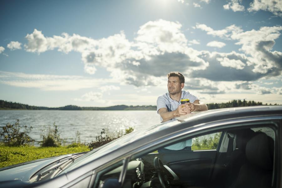 Suomalaiset ovat kännykkäkansaa liikenteessäkin