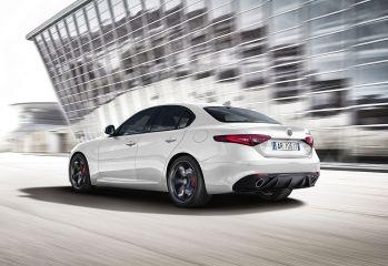 180611_Alfa_Romeo_Giulia_34rear_Sport_Ed_UFFS