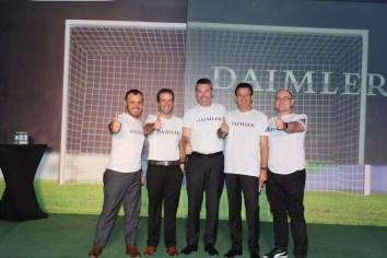 Daimler revisa los logros del 2015