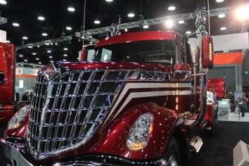 Inicia el MID-America Trucking Show
