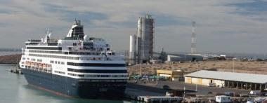 En marcha trabajos de reordenamiento y modernización del Puerto de Pichilingue