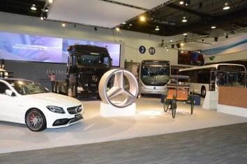 Grupo Daimler Presenta unidades con tecnología avanzada