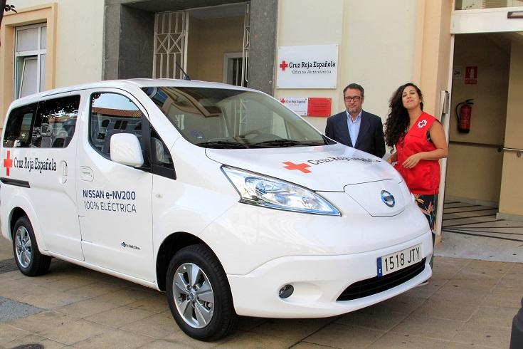 Nissan dona van eléctrica a Cruz Roja de España