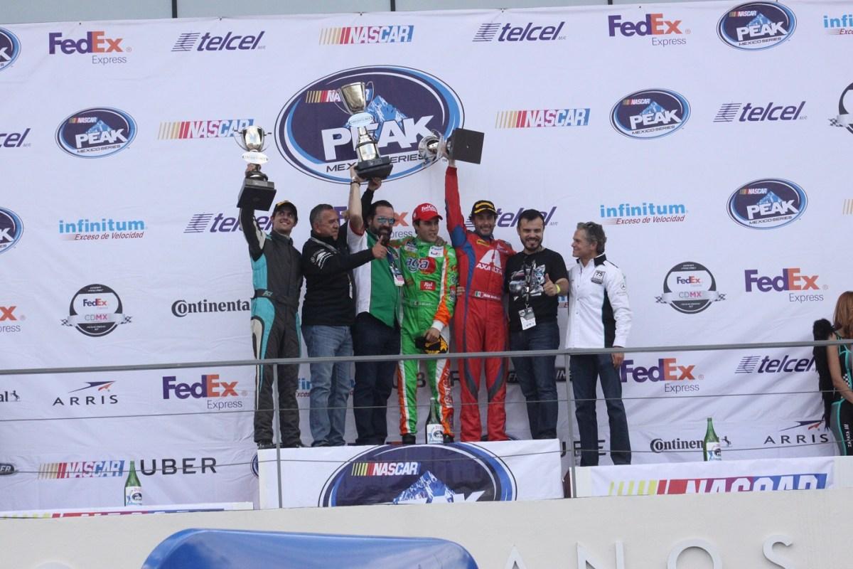 Abraham Calderón conquista el Campeonato de Tractocamiones Freightliner 2017