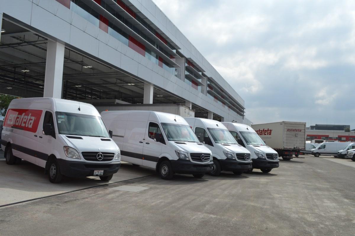 Estafeta invierte 151 mdp y renueva flota con Daimler