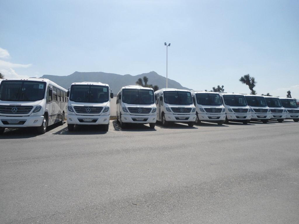 Grupo Traxión y Mercedes-Benz transportan a colaboradores de Daimler Planta Saltillo