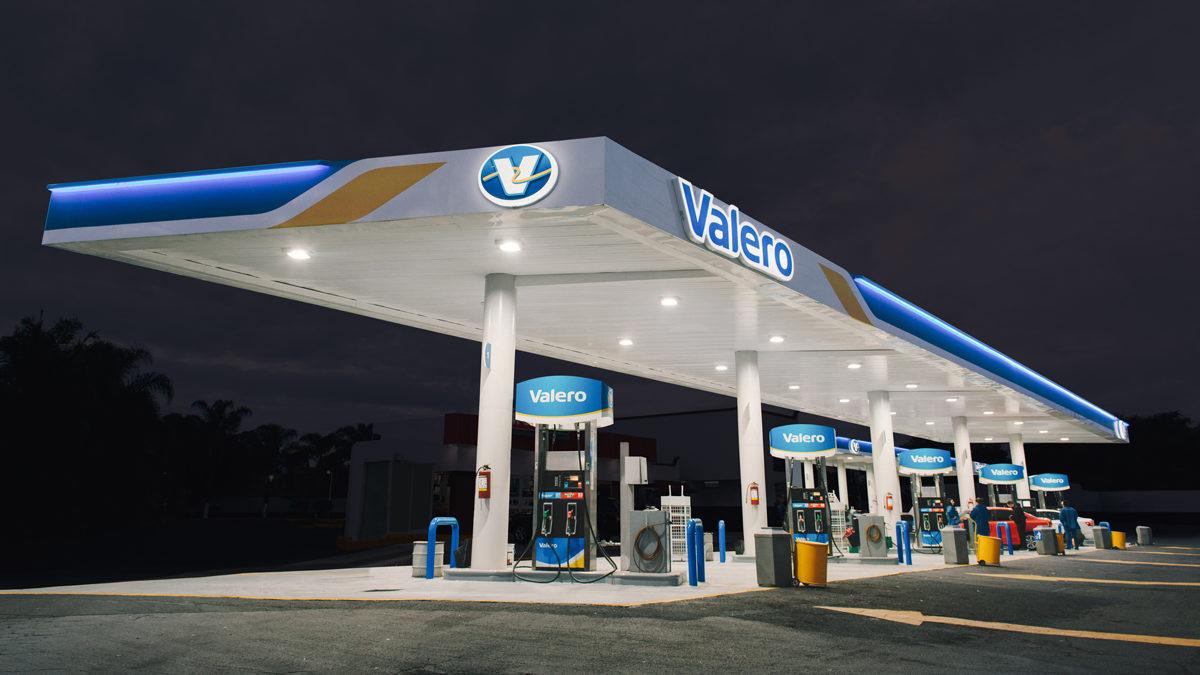 Valero abre primera estación de servicio en México