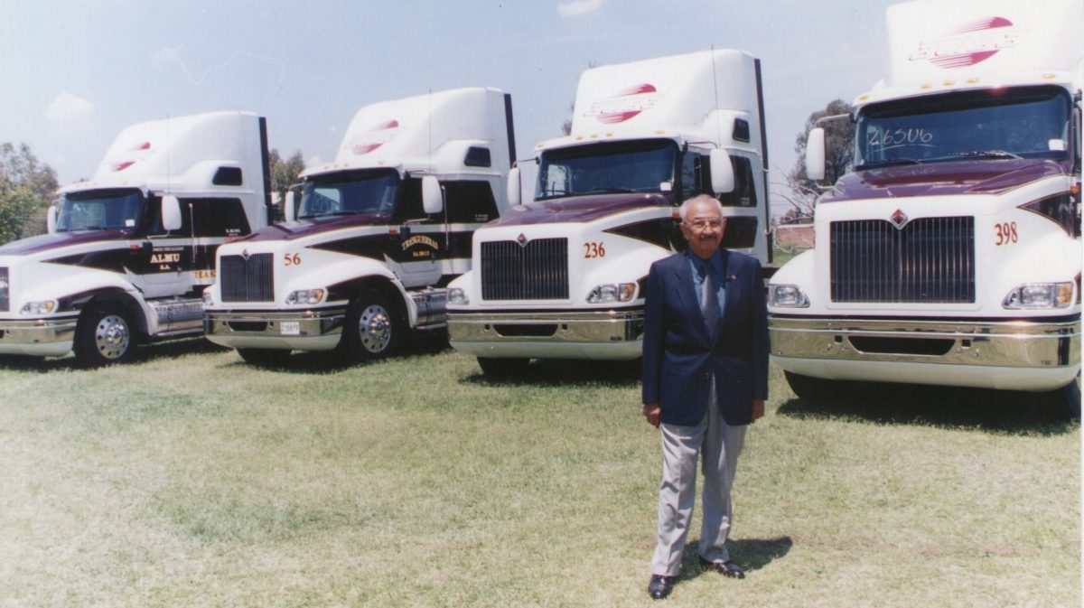 Don Polo Almanza: líder moral del autotransporte mexicano